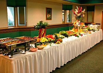 Фуршетные столы на свадьбе фото