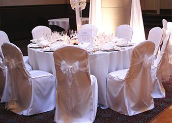 Накидки на стулья на свадьбу 57